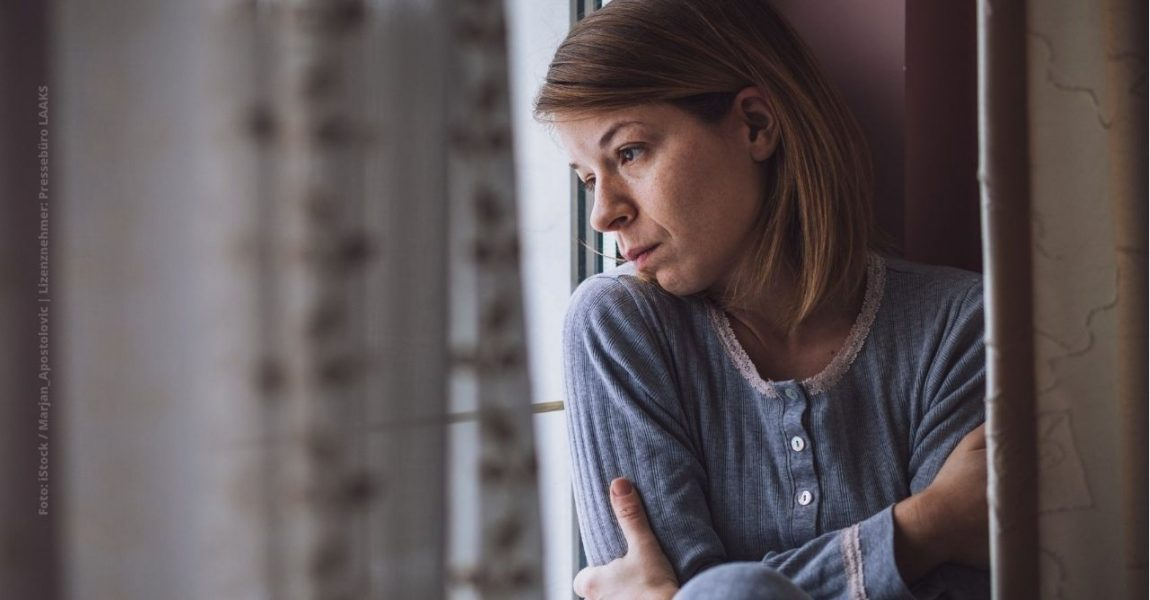 Angststörungen nehmen zu: Ist Online-Behandlung eine Lösung? Foto: Marjan_Apostolovic