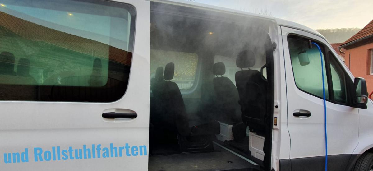 Transporte von Kranken und Rollstuhlfahrern: Fahrzeug muss regelmäßig desinfiziert werden. Bild: A. Amberg